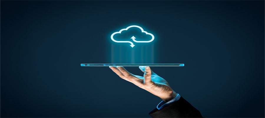 Mobile device accessing the cloud